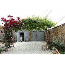 Отдых в Евпатории снять большой 4ком. дом, свой двор, жилье в частном секторе. Цена дома для отдыха 2019 от 5000