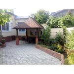 Снять дом с двором у моря в Евпатории, частный сектор, беседка, барбекю. Цена отдыха 2018 от 6000