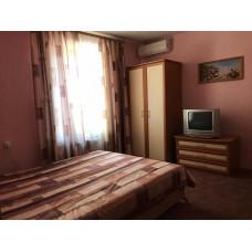 Квартиры для отдыха в Евпатории у моря снять в гостевом доме. Цена жилья летом 2019 от 2000