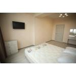 Для отдыха в Евпатории снять 1ком. квартиру в новострое 40 м. кв. Снять квартиру на длительный срок 15000