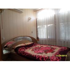 Жилье в Евпатории снять - 2ком. квартира в гостевом доме Теремок у моря